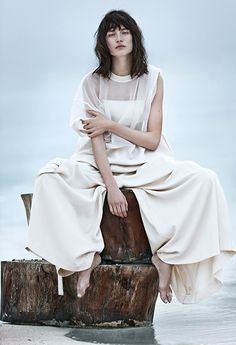 Jaquelyn Jablonski White Vogue Russia June 2014, Editorial celine JW Anderson Cruise Louis Vuitton Beach How To wear white on white summer l...