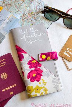 Was ist das passende Hochzeits-Geschenk für ein reisefreudiges Brautpaar? Klar, ein Reiseetui und passende Kofferanhänger (hier geht's zum g... Sewing Crafts, Sunglasses Case, Wedding, Diy Blog, Portfolio, Printables, Travel, Fashion, Creativity