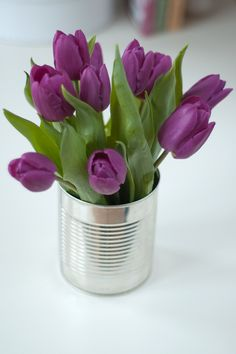You put tulips in a vase and they'll go where they wish to. If your tulips feel a little stiff don't worry, they'll begin to relax in only a couple of hours! Order Flowers, My Flower, Fresh Flowers, Spring Flowers, Flower Power, Beautiful Flowers, Flowers Vase, Deco Nature, Purple Tulips