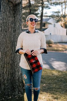 Fall Look: Fisherman Sweater with Distressed Denim | Lemon Stripes