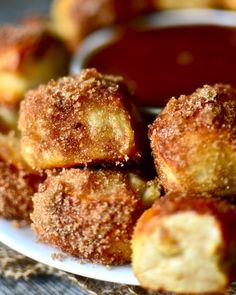 Yammie's Noshery: Apple Cinnamon Pretzel Bites with Caramel Dipping Sauce
