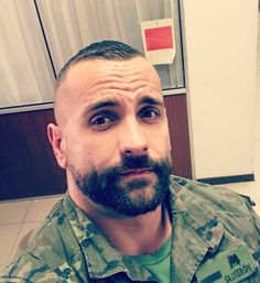 Best Beards Styles Probably one of the most common questions that I ever get is how do I make my beard thicker and fuller? Brylcreem, Slick Hairstyles, Shaved Head, Beard Tattoo, Men In Uniform, Bear Men, Military Men, Fine Men, Hair And Beard Styles