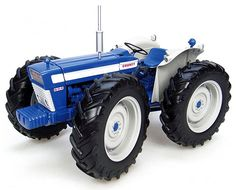 Universal Hobbies Ford County 654 Tractor