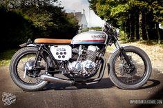 """Une Honda CB 750 Four avec laquelle je partirais bien… """"Sur les chapeaux de roues"""" !"""