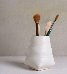 Ceramic Pencil Holder, White Office Organizer,Brushes Holder, Ceramic Pen Holder , Modern Desk Organizer, Desk Pen Holder, White Pencil Cup by FreeFolding on Etsy