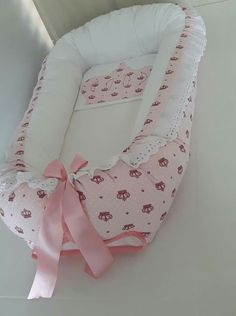 Crafts To Sell, Diy And Crafts, Baby Girl Bedding, Baby Sewing, Infant, House Design, Blanket, Things To Sell, Pattern