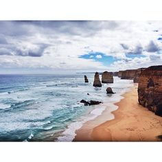 The Twelve Apostles is a collection of limestone stacks off the shore of Port Campbell National Park by the Great Ocean Road in Victoria Australia. It is a very popular tourists destination due to their proximity to one another. #twelveapostles #12apostles #apostles #greatoceanroad #gor #victoria #stones #limestonestacks #travelaffair #beautifuldestination #exploremelbourne #exploreaustralia #beautifulplaces #natgeotravel #explorecalifornia #exploreamerica #exploretheworld #exploreasia…