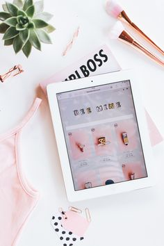 Meu bazar online está de cara e nome novo! Quer saber mais sobre esse mudança e acompanhar todas as novidades? Então vem pro blog :)