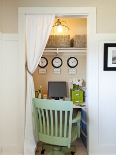 Tiny office.   Love this idea for ally's room, area to do her homework