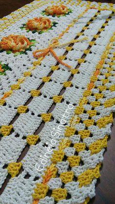 Our BellaKarma Life's media analytics. Crochet Table Runner, Crochet Tablecloth, Crochet Doilies, Crochet Edging Patterns, Crochet Squares, Crochet Stitches, Tapis Design, Crochet Home Decor, Crochet Books