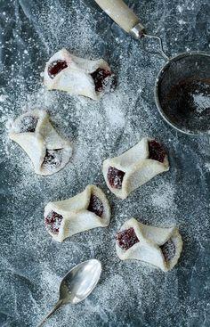 Jam Filled Cookies (by gratinee)