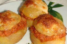 """arta culinara: Cartofi a la """"Bologna"""". Quiche Muffins, Hungarian Recipes, Hungarian Food, Food 52, Bologna, My Recipes, Baked Potato, Lunch, Vegetables"""