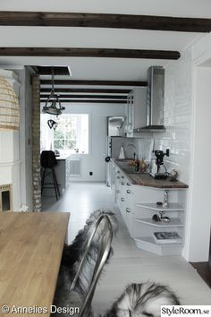 Home Kitchens, Kitchen Cabinets, Loft, Bed, Furniture, Scandinavian, Home Decor, Decoration Home, Stream Bed