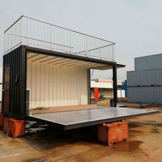 A collection of best shipping container homes. Interior, plans, and containers, prefab and modular. Container Home Designs, Cargo Container Homes, Container Shop, Building A Container Home, Container House Plans, Container Gardening, Container Architecture, Container Buildings, Sustainable Architecture