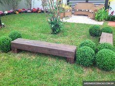 Jardim da família no quintal