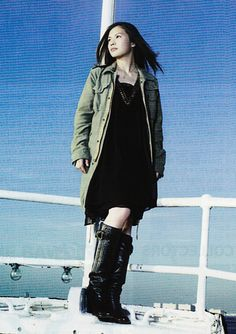 my idol is yui yoshioka she is famous japanese singer and songwriters I like she is voice,songs,style Guitar Sketch, Radio Personality, She Song, Boyish, My Idol, Girly, Punk, Singer, Actresses
