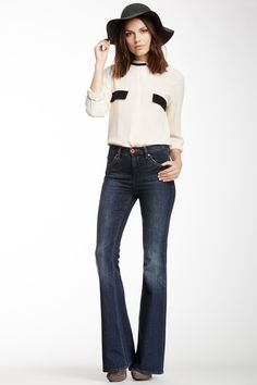 Dittos SALE: Veronica Flared Leg Jean