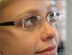 Frames - Fashionalbe styles with plastic and titanium frames