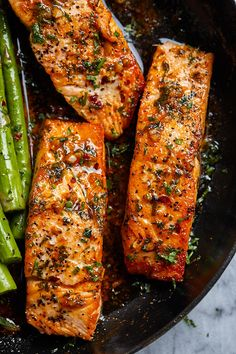 Garlic Butter Salmon with Lemon Asparagus Skillet - salmon asparagus keto recipe - Healthy, tasty, simple and quick to cook, this salmon and asparagus recipe will have you enjoy a delicious and nutritious dinner. - recipe by 28288303897781472 Asparagus Skillet, Lemon Asparagus, Lemon Salmon, Salmon And Asparagus, Asparagus Recipe, Salmon In A Skillet, Baked Salmon Recipes, Fish Recipes, Seafood Recipes