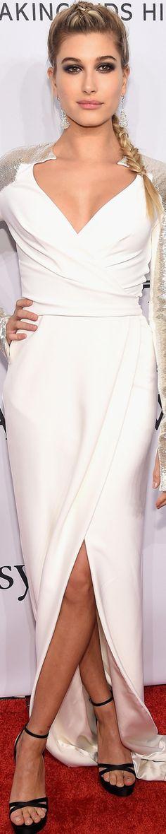 Hailey Baldwin in Pamella Roland 2016 amfAR Gala Runway Fashion, Fashion Models, Red Carpet Event, Haute Couture Fashion, Material Girls, Red Carpet Looks, Red Carpet Fashion, Beautiful Gowns, Hailey Baldwin