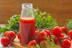 A legfinomabb házi paradicsomlé télire - Recept | Femina