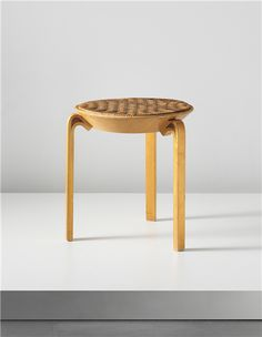 PHILLIPS : UK050113, ALVAR AALTO, Stool, model no. V63