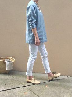 Tunic 'Chloe' Lake blue | 100% linen - Made in Canada Linen Tunic, Chloe, The 100, How To Make, How To Wear, Fashion Accessories, Normcore, Vogue, Canada