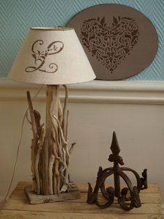 Ancien fronton patin brocante de charme atelier decoration de char - Pochoir eleonore deco ...