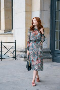 Transitioning to Fall – How to incorporate the new season into your wardrobe and lifestyle Muslim Fashion, Modest Fashion, Fashion Dresses, Big Size Dress, Bodycon Dress With Sleeves, Gala Dresses, Dress Out, Classy Casual, Feminine Dress