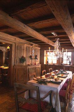 Table set for Christmas dinner, Jocelyne and Jean Louis Sibuet's home.
