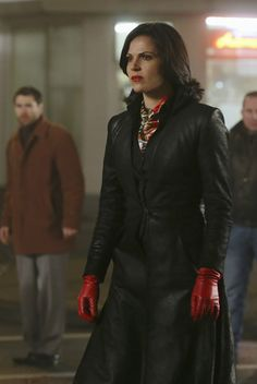 Episode 316: It's Not Easy Being Green Image 1   Once Upon A Time Season 3 Pictures & Character Photos - ABC.com