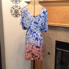 CABI-BLOUSE Like new-very pretty CAbi Tops Blouses