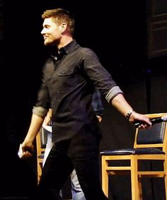pinned before..can't get enough  lol    Jensen Ackles - [gif] :O  Jensen dancing  #JIB2013