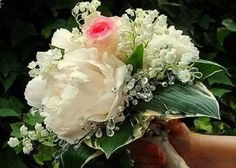lovely !! #Bouquets #Ramos https://www.facebook.com/GlamourNoviasParla?ref=stream&hc_location=timeline