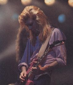 Steve Clark of Def Leppard - gone but not forgotten