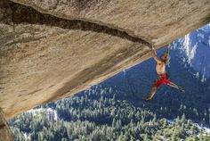 """The Art Of Staying True To Yourself - """"I want to make the most striking portrait of what I experience,"""" says professional climber and photographer Heinz Zak from Olympiaregion Seefeld. Olympia, Solo Climbing, In Patagonia, Escalade, Base Jumping, Viral Trend, Yosemite Valley, Out To Sea, Soloing"""