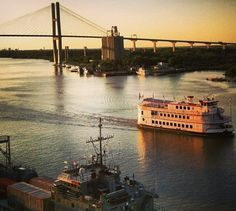 Gorgeous Savannah River view. One if these days me and Savannah are going here!!