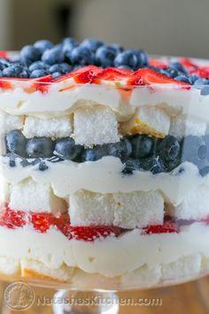 Angel Food Cake Trifle, Trifle Cake, Angel Food Cake Desserts, Angle Food Cake Recipes, Trifle Desserts, Trifle Recipe, Delicious Desserts, Trifle Dish, Dessert Recipes