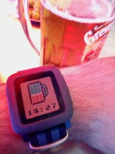 Watchface recomendada: BierZeit #pebble #watchface