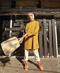 Visit Us : www. Modern Hijab Fashion, Hijab Fashion Inspiration, Muslim Fashion, Modest Fashion, Fashion Outfits, Tokyo Street Fashion, Street Hijab Fashion, Casual Hijab Outfit, Hijab Chic