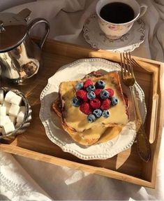 Food Porn, Breakfast Tray, Good Food, Yummy Food, Cafe Food, Aesthetic Food, Food Cravings, Food Inspiration, The Best