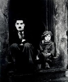 Charlie Chaplin & Jackie Coogan in The Kid, =) 1925