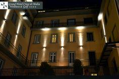 #Montecatini Terme: Veduta dell'Hotel di notte in #Dicembre dalla #piscina esterna
