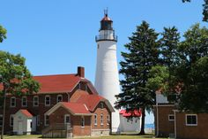 See Some Of Michigan's Most Historic And Scenic Lighthouses On This Road Trip