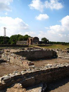 Villa dei Quintili - small cistern - Rome