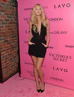 Elsa Hosk Photo - Samsung Galaxy Features Arrivals At The Official Victorias Secret Fashion Show After Party