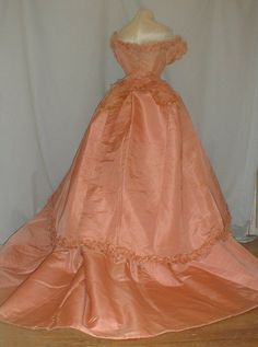 Museum de Accessioned 1860's Pink Silk 3 Piece Ball Gown Dress | eBay
