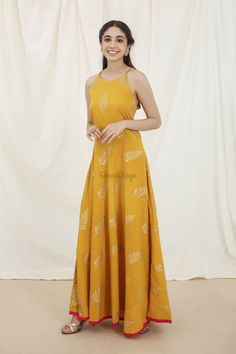 Confused, what to wear for your Haldi ? Head to our blog for outfit ideas under budget. Click on the link attached below  #indianwedding #shaadisaga #intimatewedding #bridalfashion #indianweddinginspiration #haldiceremony #haldioutfitideas #weddingoutfitonbudget Yellow Maxi Dress, Haldi Ceremony, Western Outfits, Bollywood Fashion, Fashion 2020, Indian Wear, Dress Patterns, Blouse Designs, La Mode