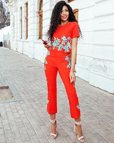 Have you been following @blue_mbombo's fabulous style diary? Head to GLAMOUR.co.za to catch up on her gorgeous looks! Link in bio.  @jashughatt #GLAMfashion  via GLAMOUR SOUTH AFRICA MAGAZINE OFFICIAL INSTAGRAM - Celebrity  Fashion  Haute Couture  Advertising  Culture  Beauty  Editorial Photography  Magazine Covers  Supermodels  Runway Models