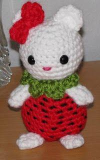Strawberry Kitty - free crochet pattern